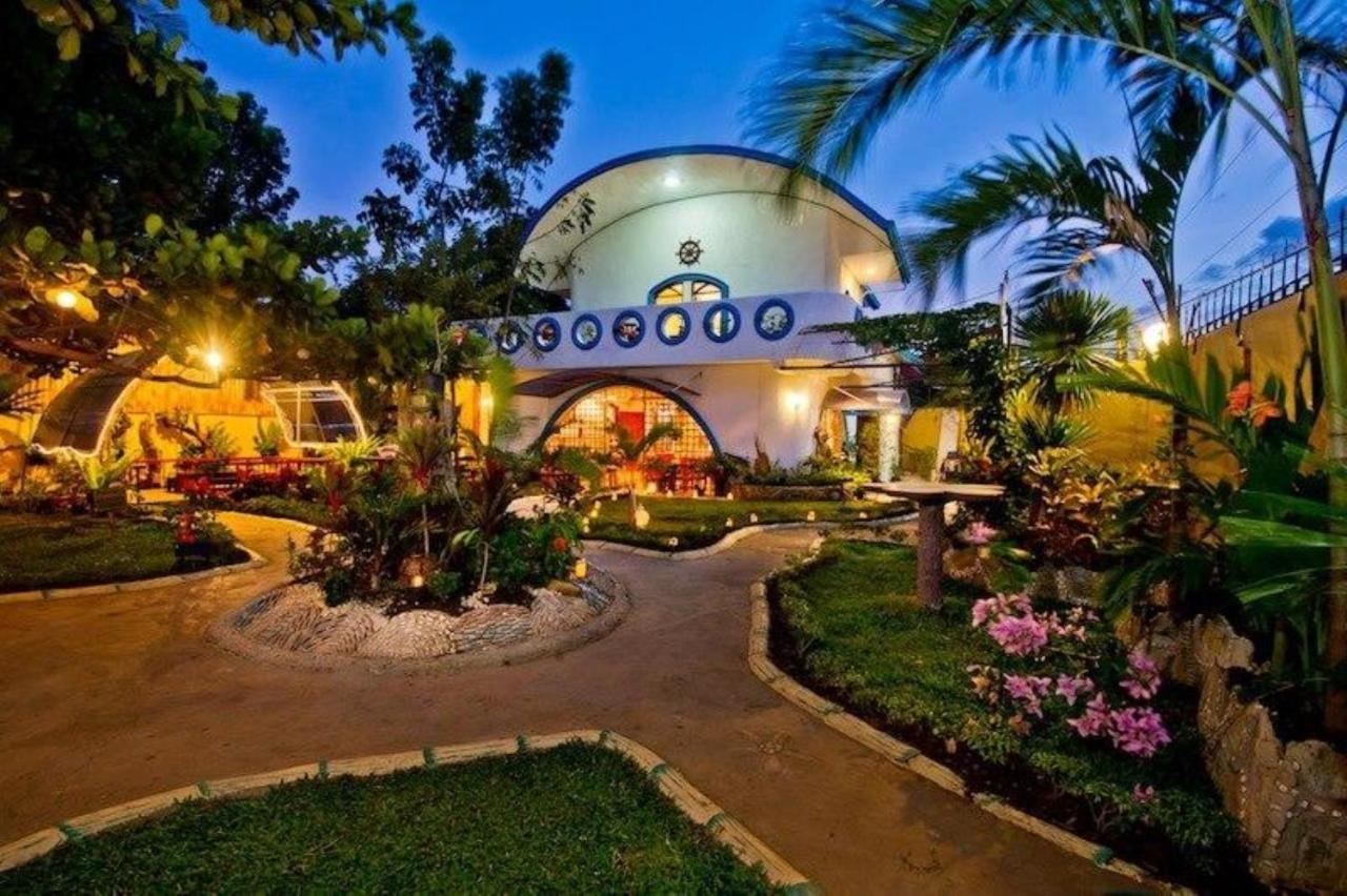 Floral Villarosa, Puerto Princesa City, Philippines - Booking.com