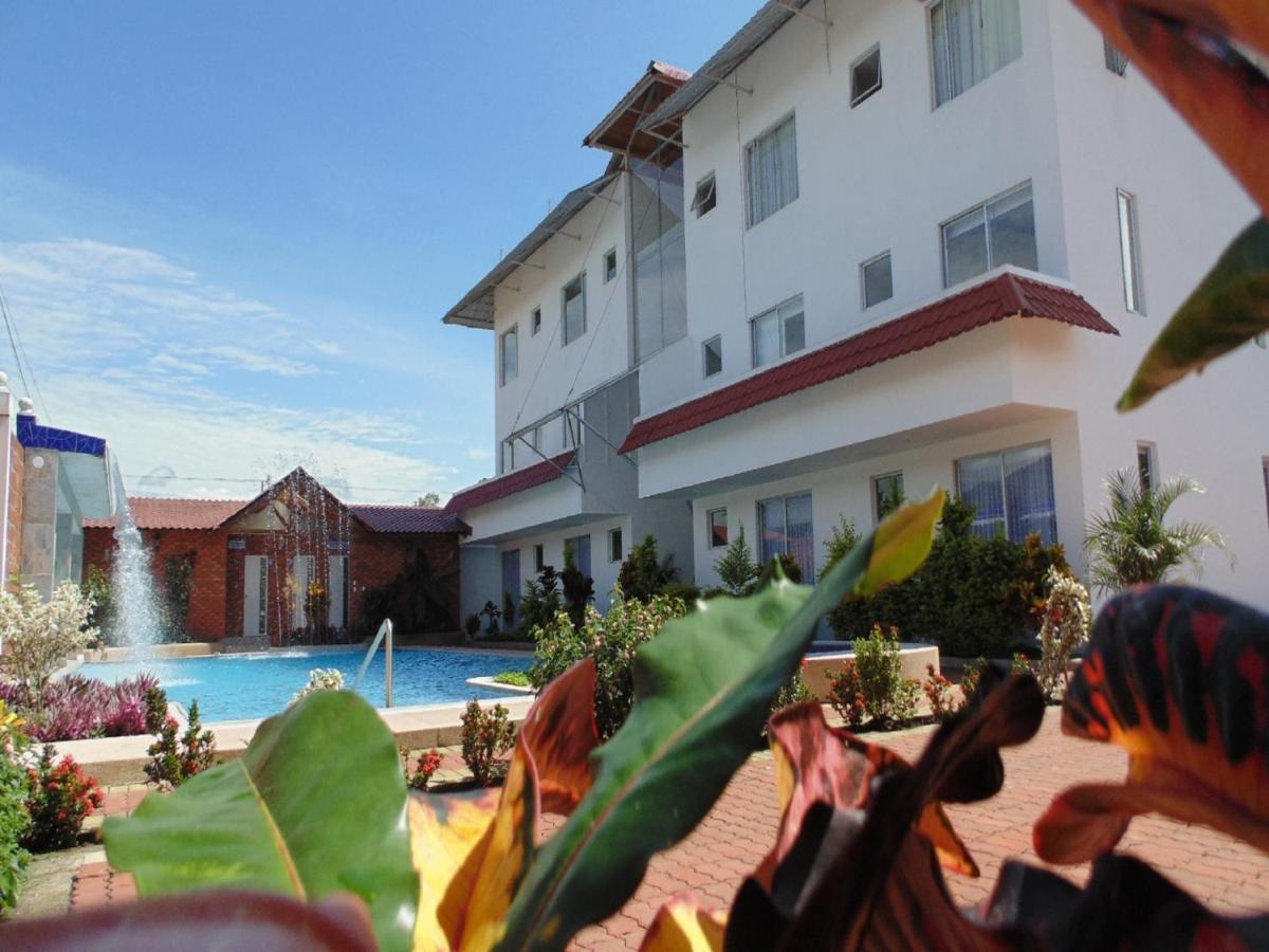 Hotels In Tena