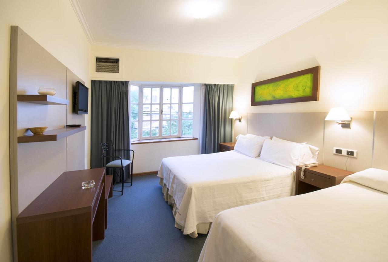 Hotel Los Tilos, Villa Carlos Paz, Argentina - Booking.com