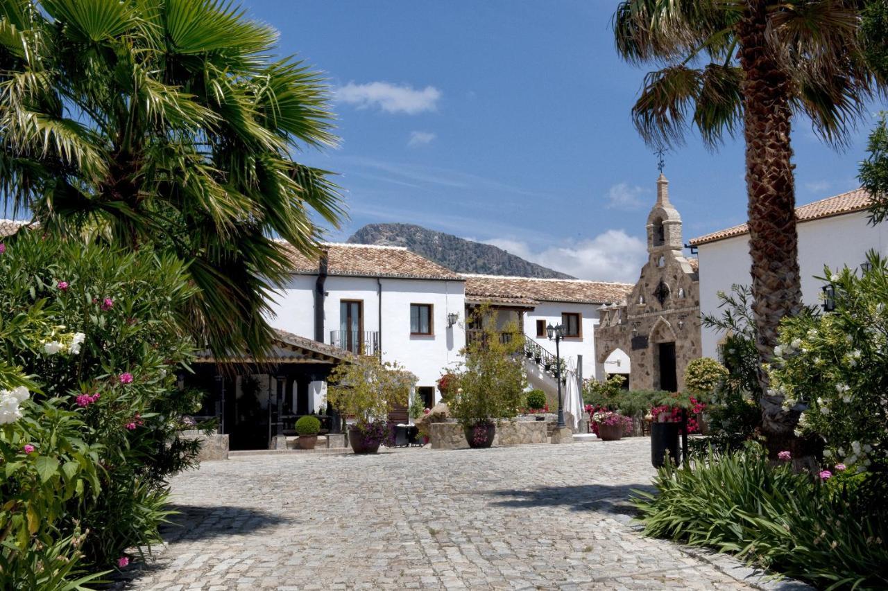 Hotels In El Gastor Andalucía