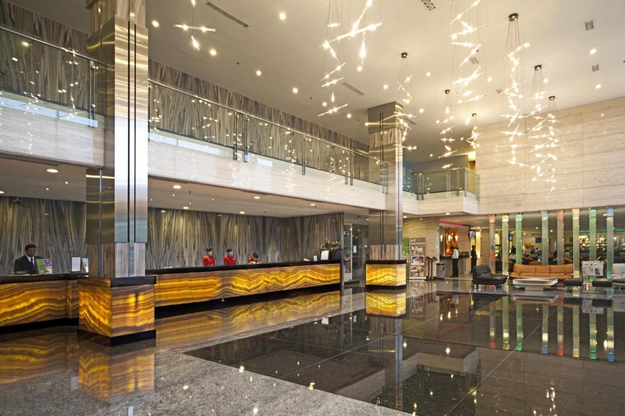 Fm7 Resort Hotel Jakarta Airport Tangerang Harga 2018 Terbaru