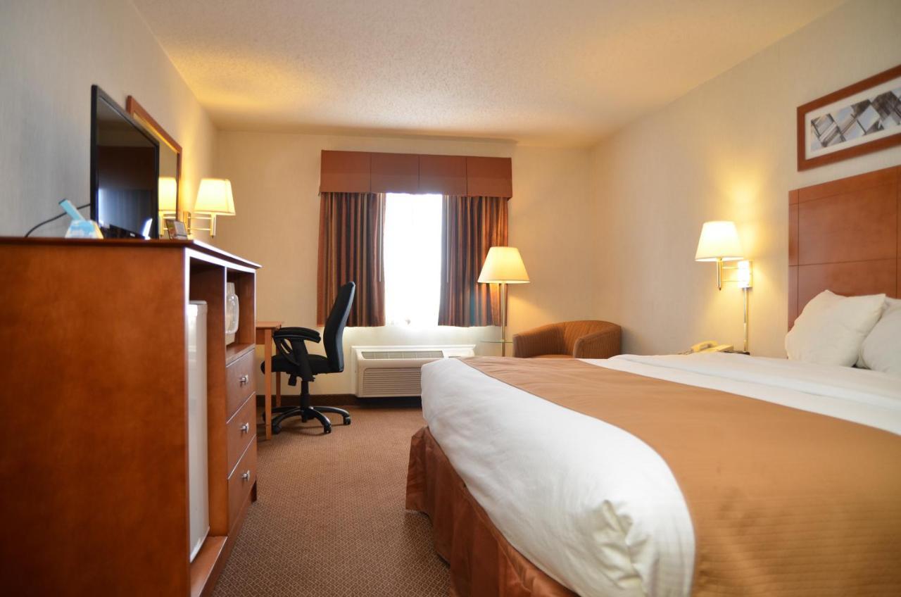 Hotels In Marysville Michigan