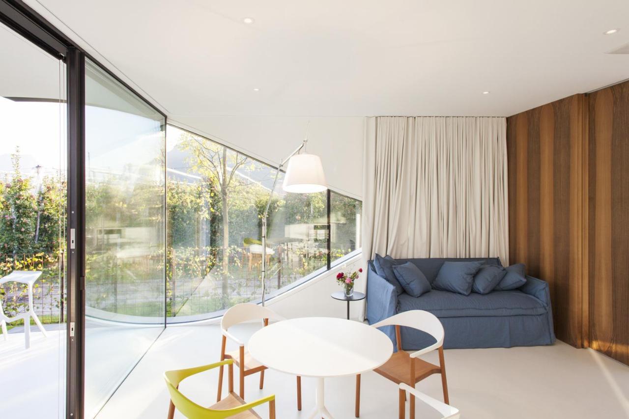 Vacation Home Mirror Houses, Bolzano, Italy - Booking.com