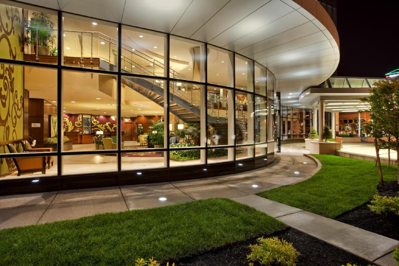 Embassy Suites Buffalo, Buffalo – Updated 2018 Prices