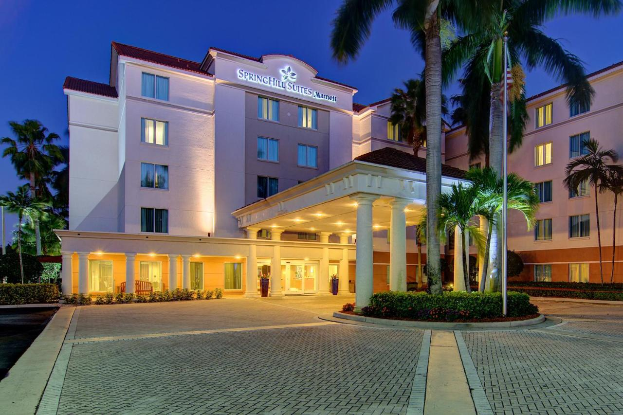 Hotels In Villages Of Oriole Florida