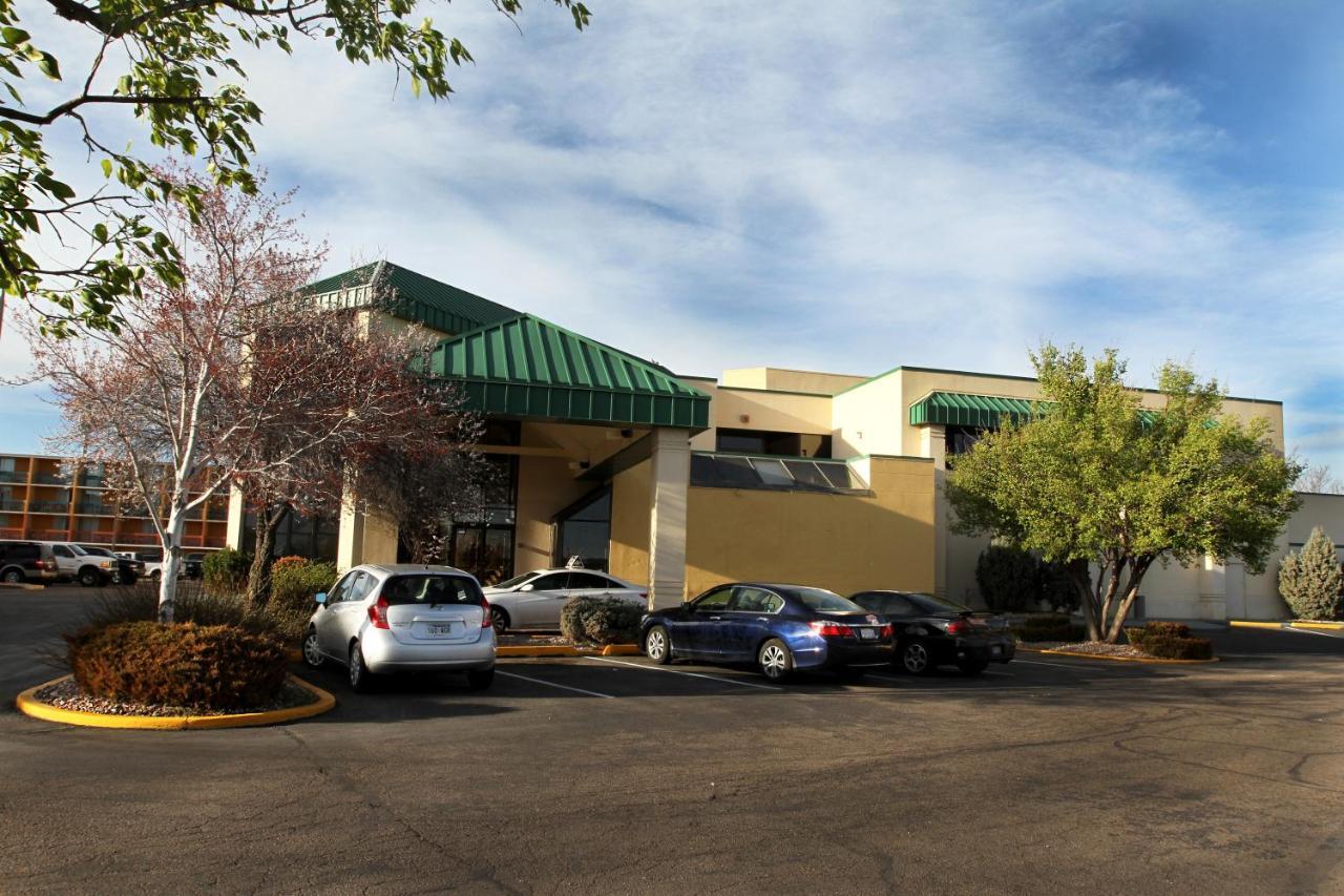 Hotels In Meyers Corner Colorado