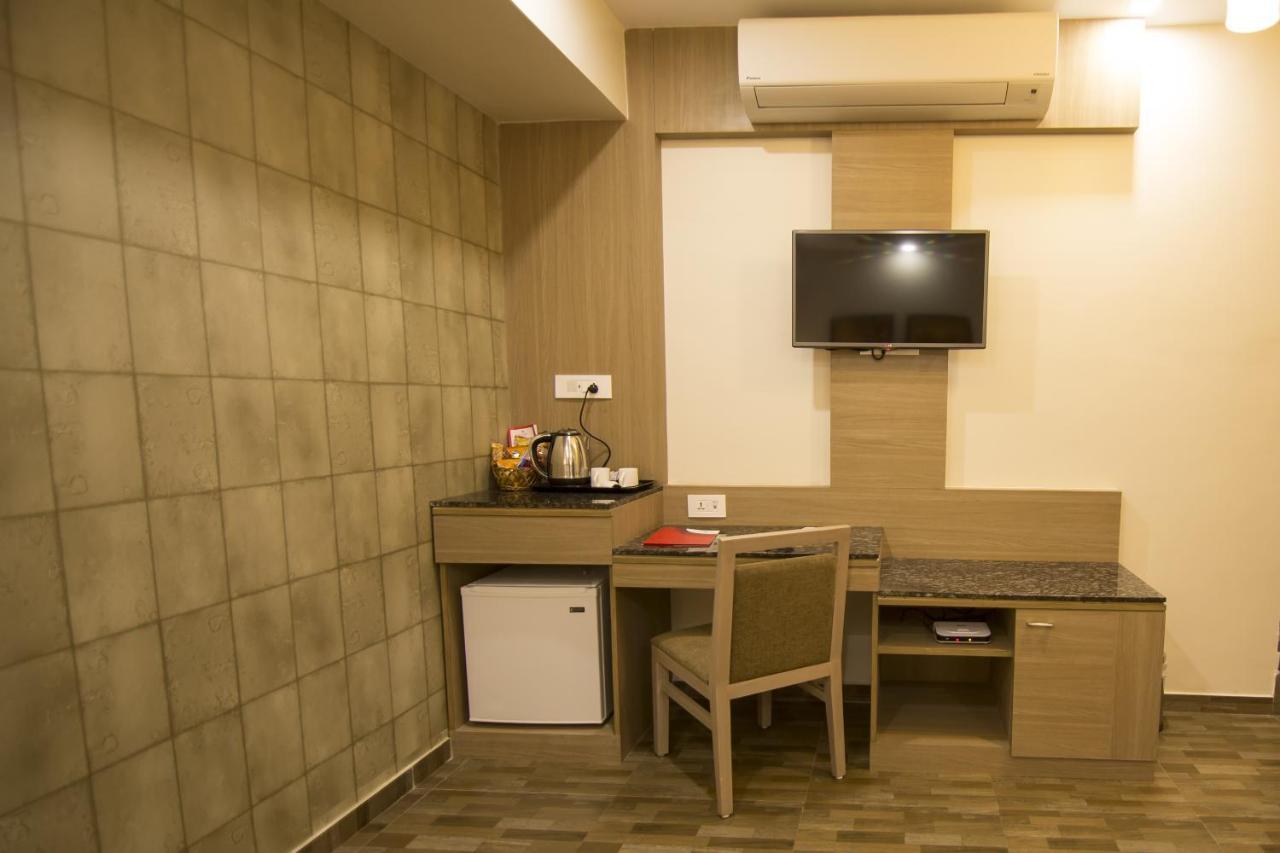 Hotel Nova Kd Comfort Hotel Nova K D Comfort Jamnagar India Bookingcom