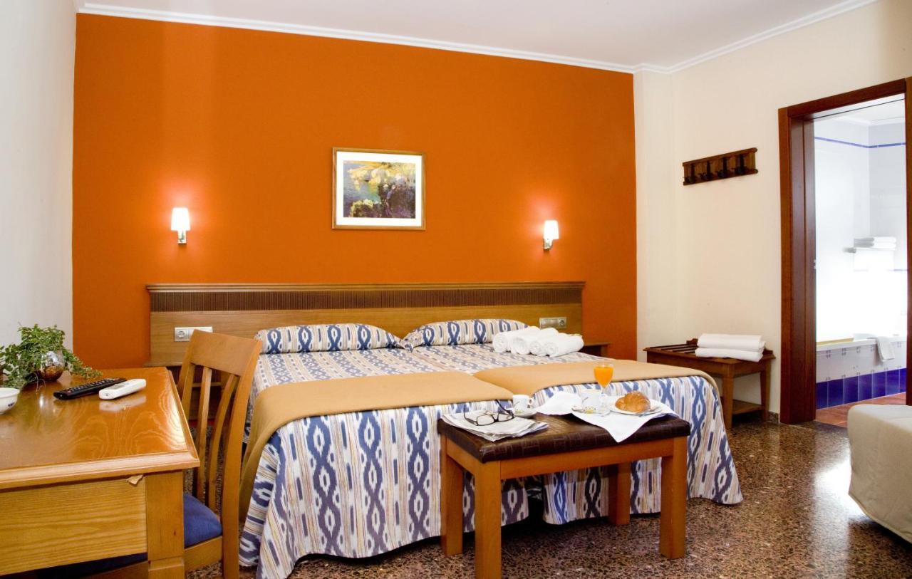 Hotels In Casas Pontet Valencia Community