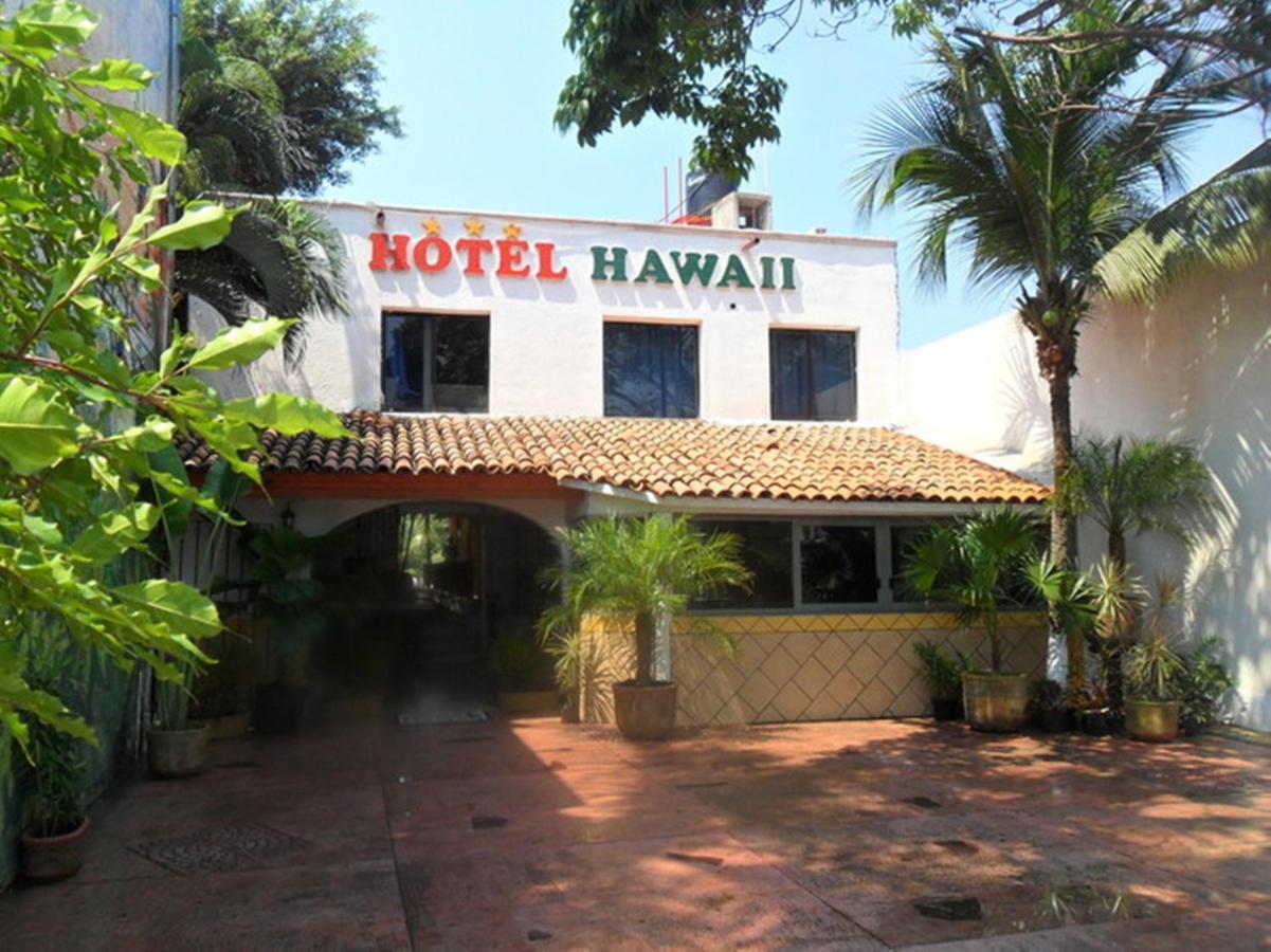 bb6e100fe9fea Hotel Hawaii