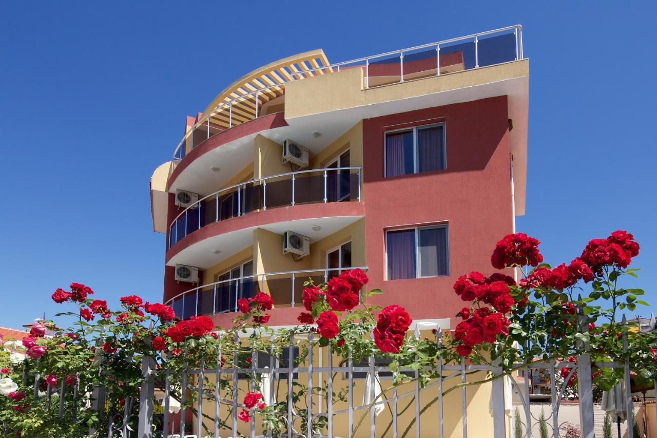 Sunny Flower Hotel 0ee0d2f40a5