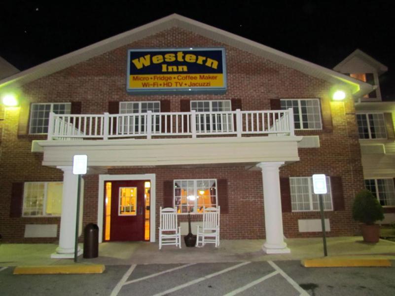 Western Inn Suites Hampton USA Rooms