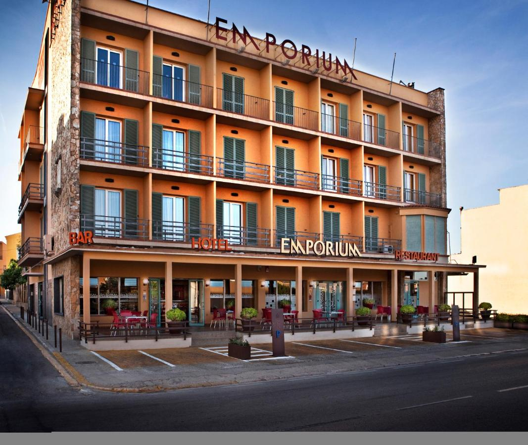 Hotels In Montiró Catalonia