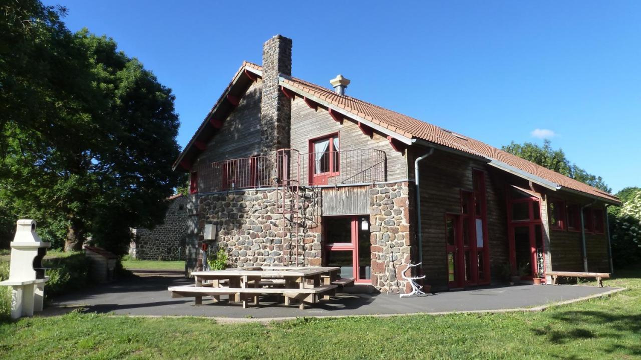 Guest Houses In Varennes-saint-honorat Auvergne