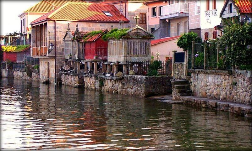 Hotels In Armentera Galicia
