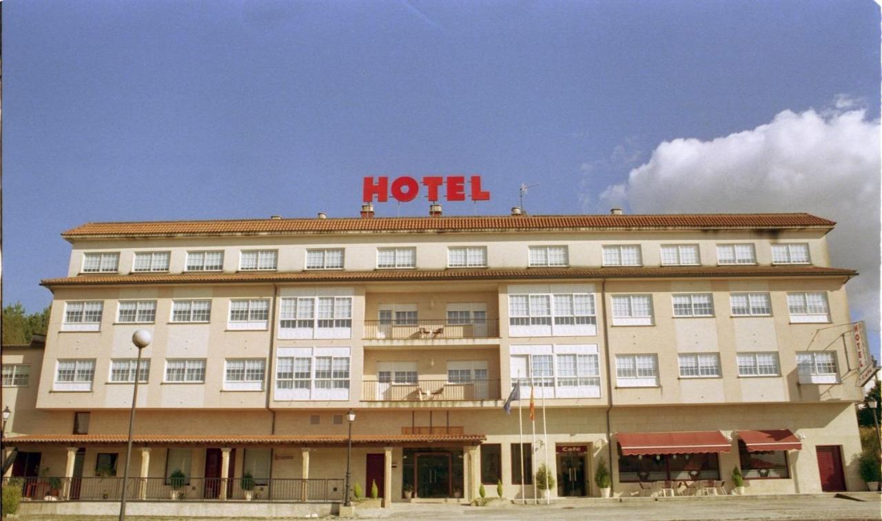 Hotels In Lestrove Galicia