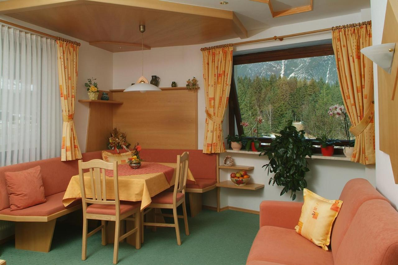 Keuken Met Zithoekje : Sportalm apartments Österreich leutasch booking.com