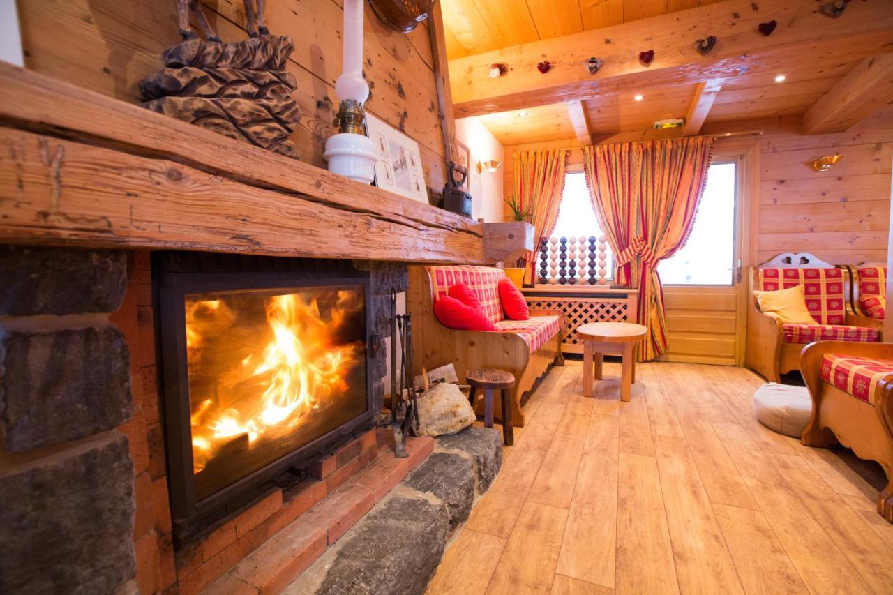 Hotels In Pontchy Rhône-alps