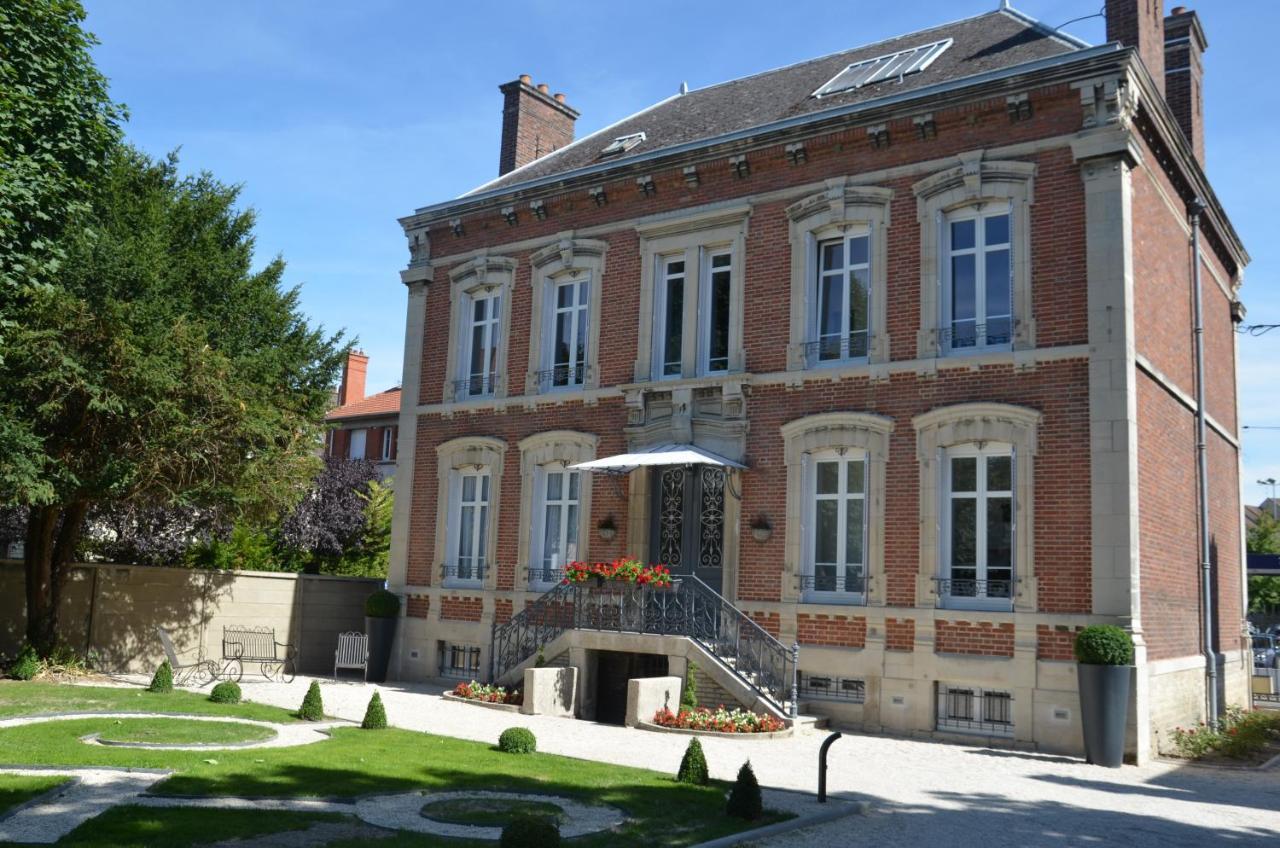 Guest Houses In Saint-benoît-sur-seine Champagne - Ardenne