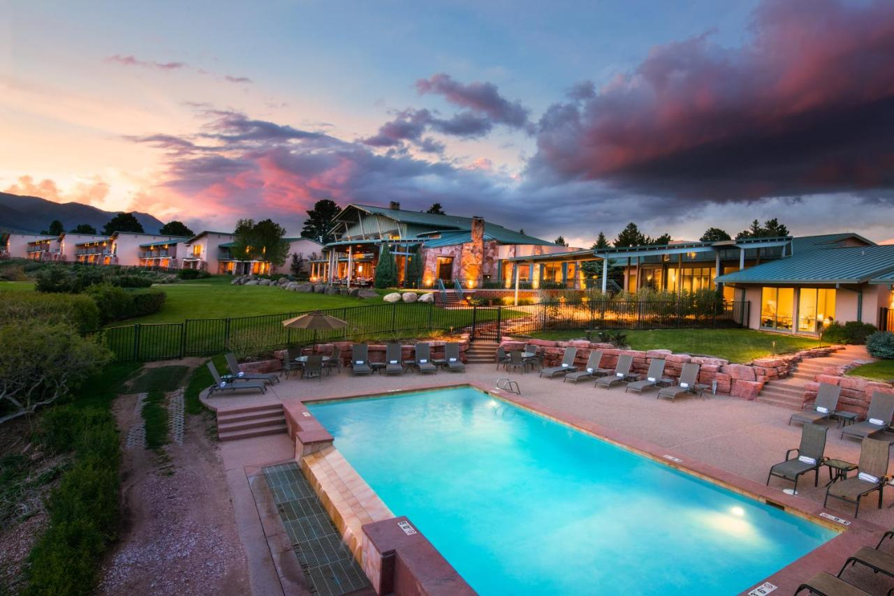Hotels In Midway Colorado