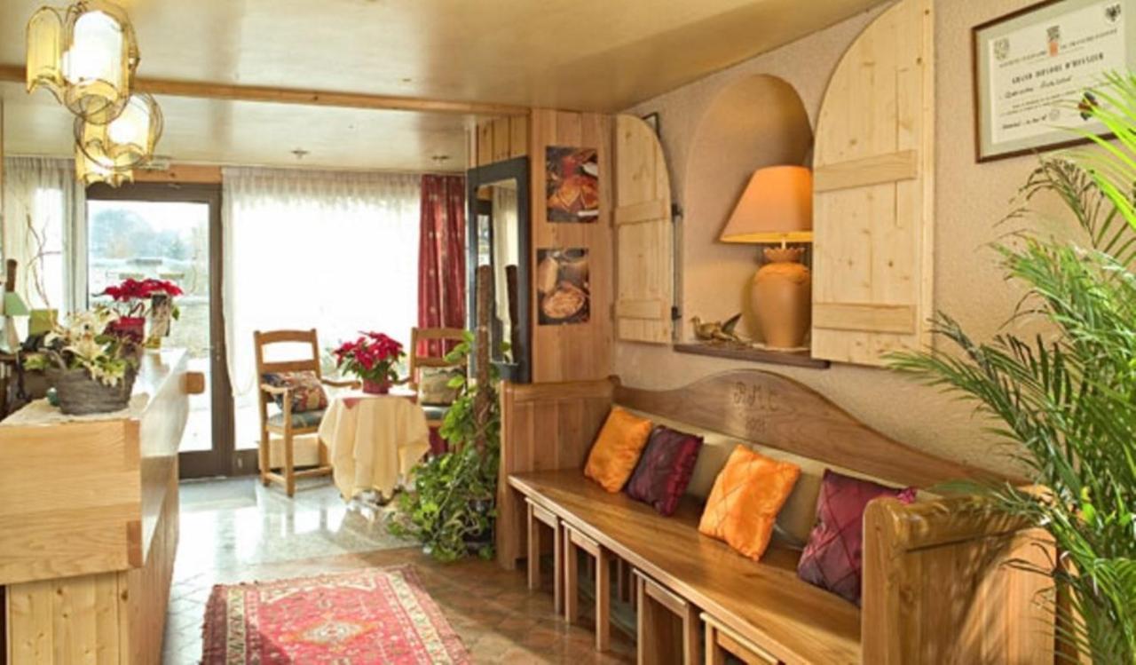 Hotels In Orchamps-vennes Franche-comté
