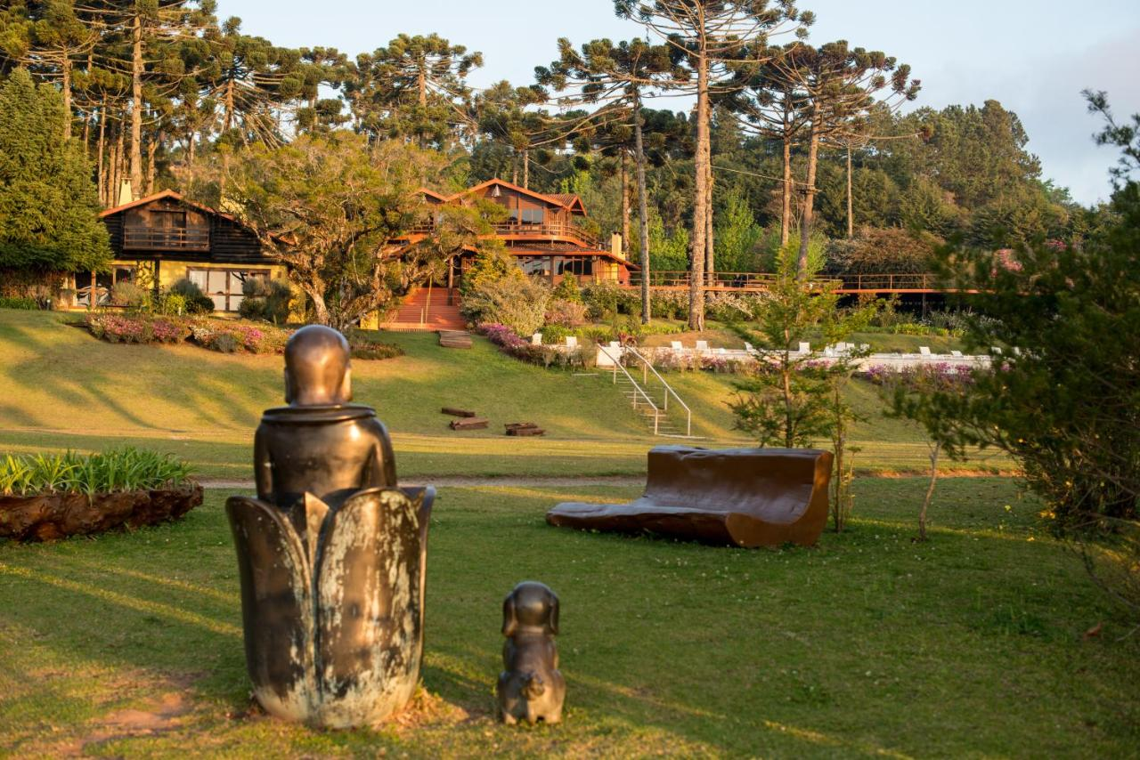 Hotels In Quilombo
