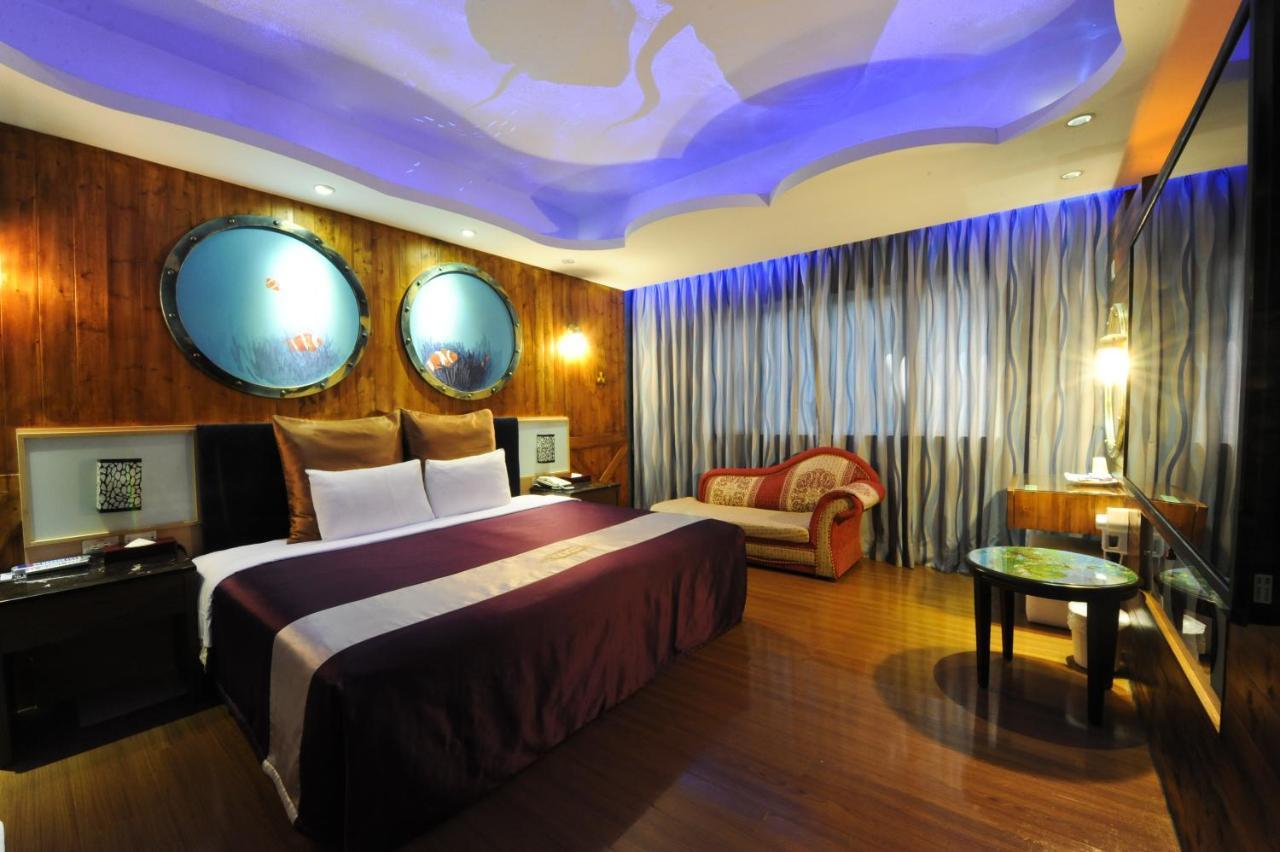 新竹-紫晶彩繪汽車旅館ZJ-Motel Hsinchu