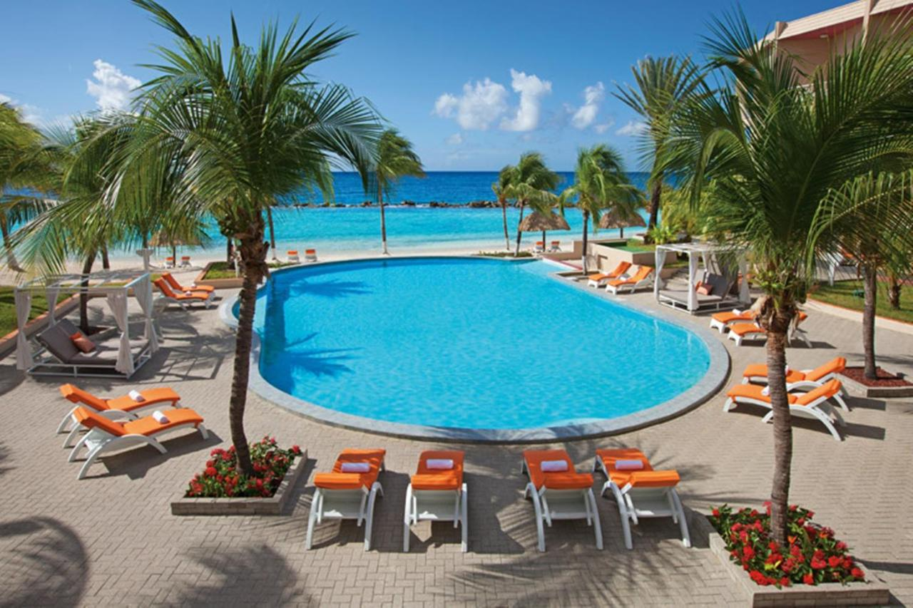 Resorts In Blue Bay