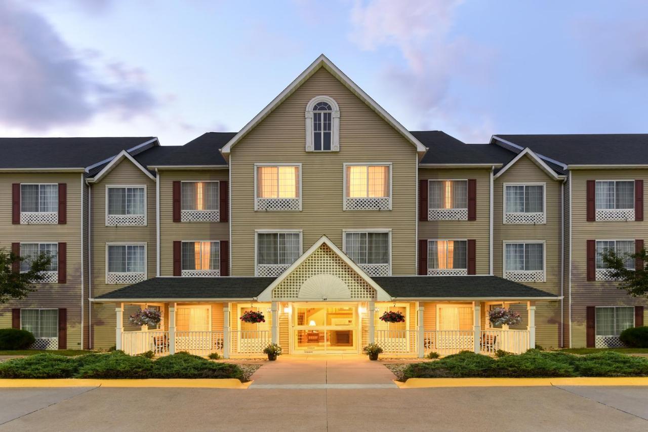 Hotels In Eldridge Iowa
