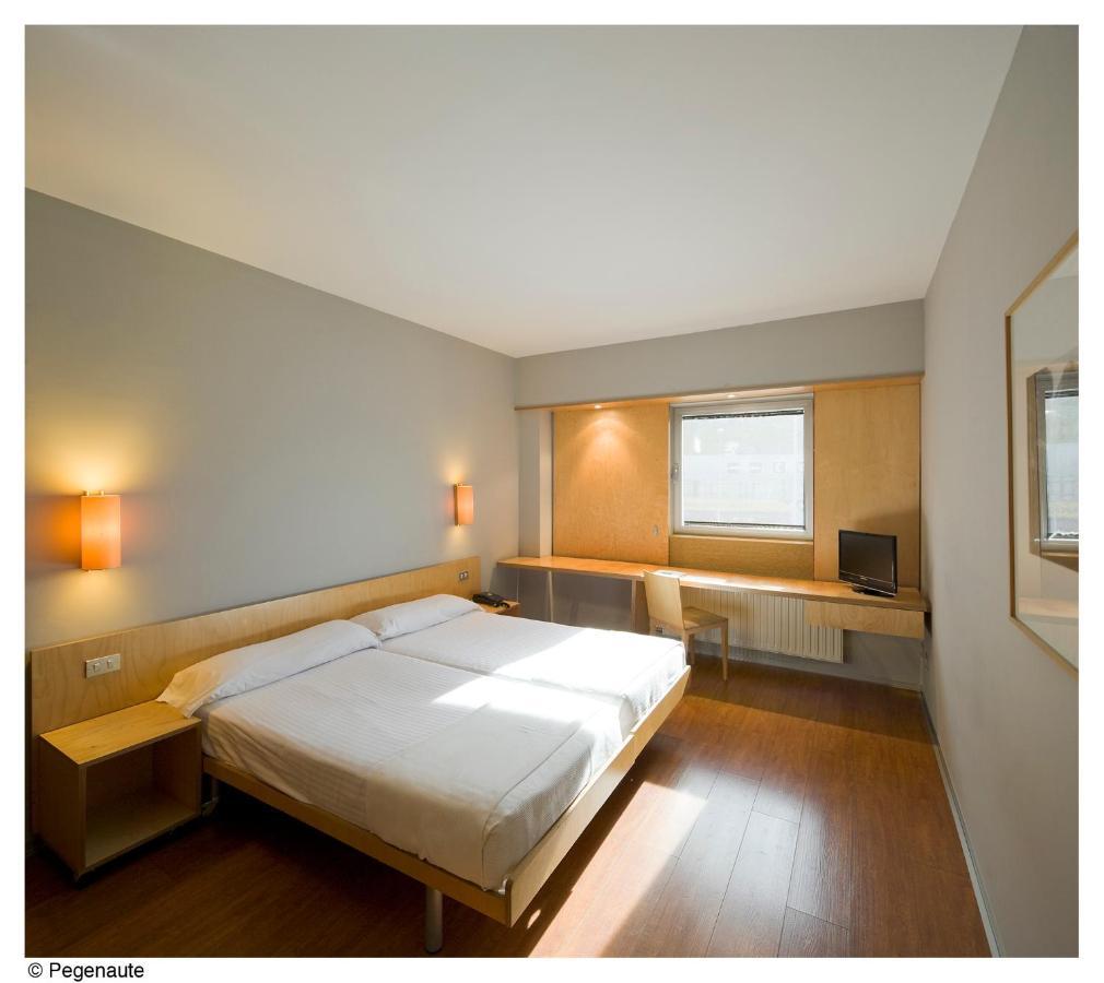Hotels In Bera Navarre