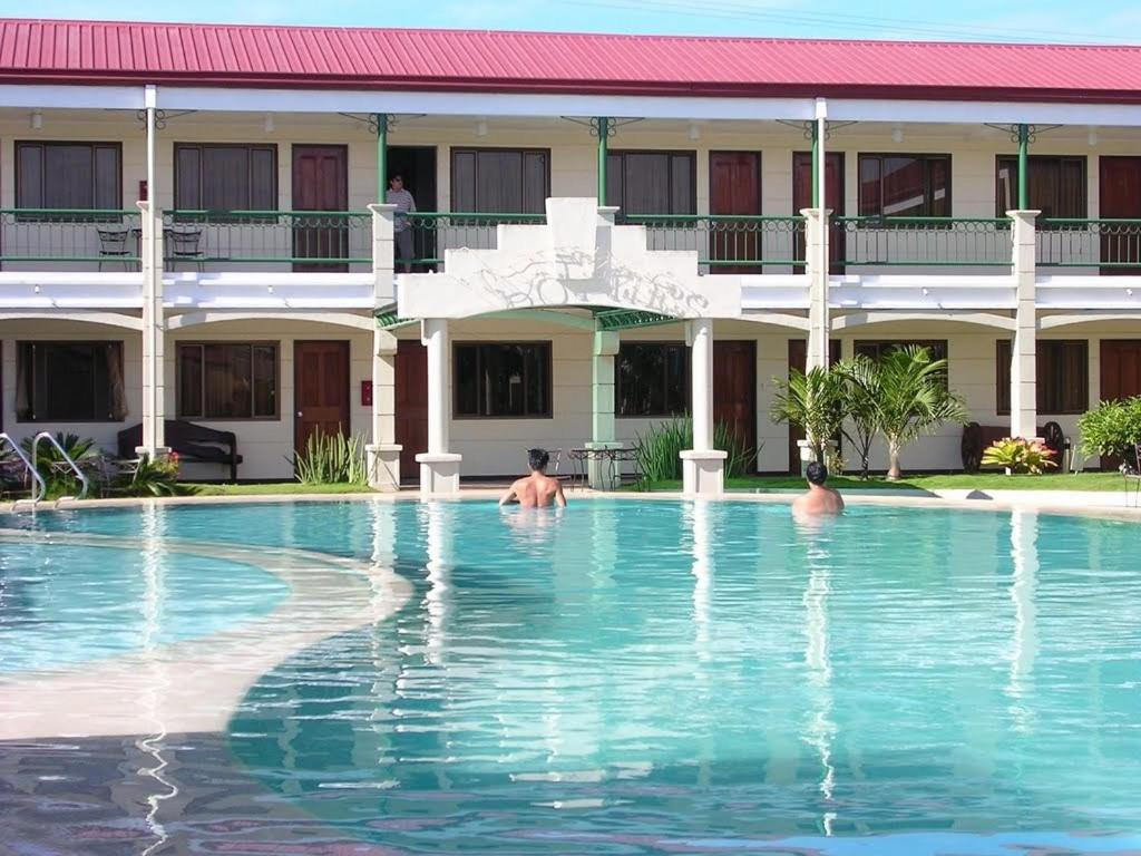Dottie\'s Place Hotel & Restaurant, Butuan, Philippines - Booking.com
