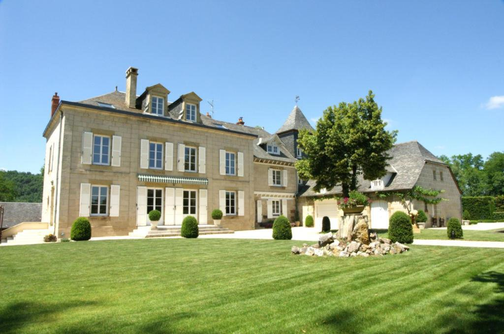 Guest Houses In Perpezac-le-blanc Limousin
