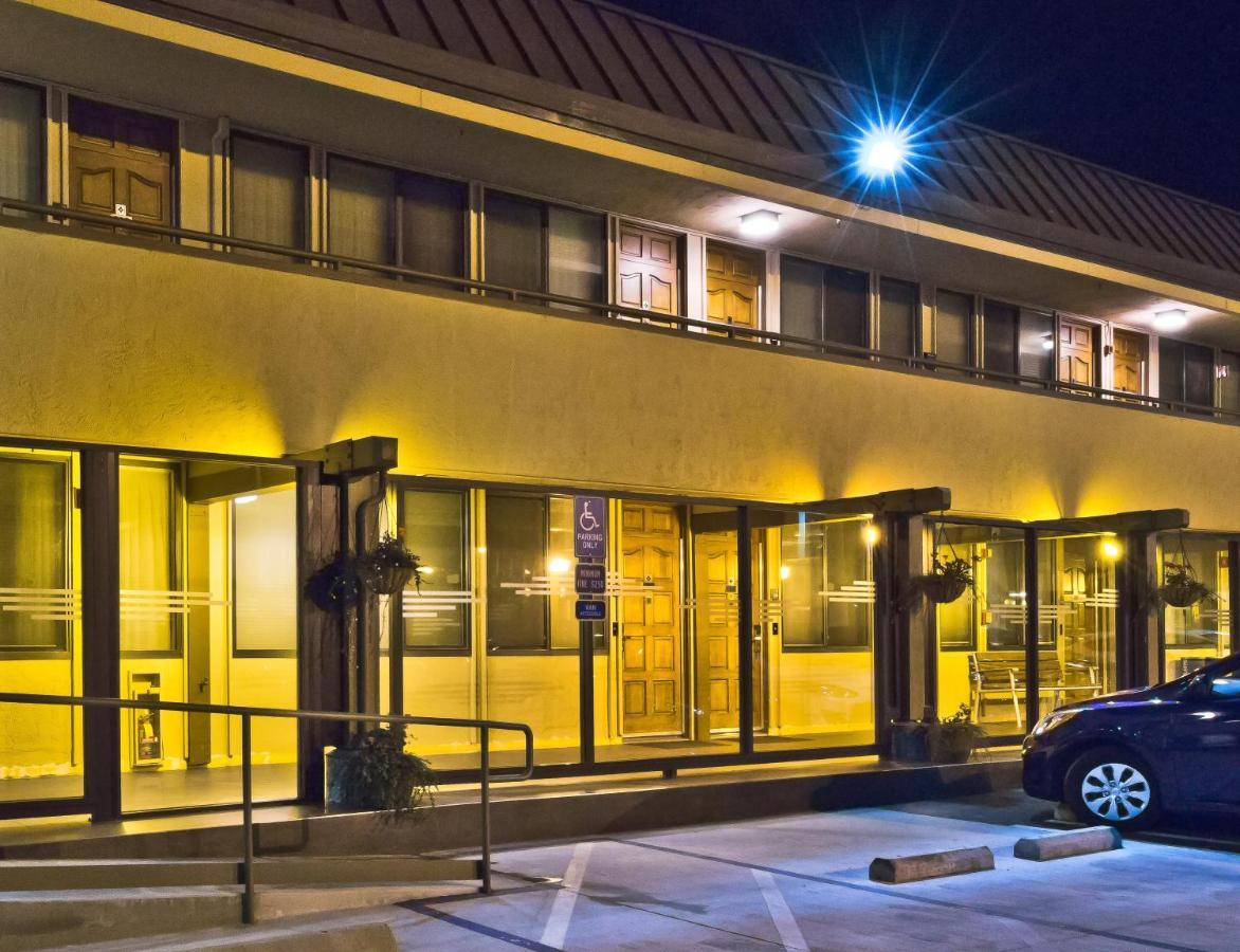 Hotel Strata, Mountain View, CA - Booking.com