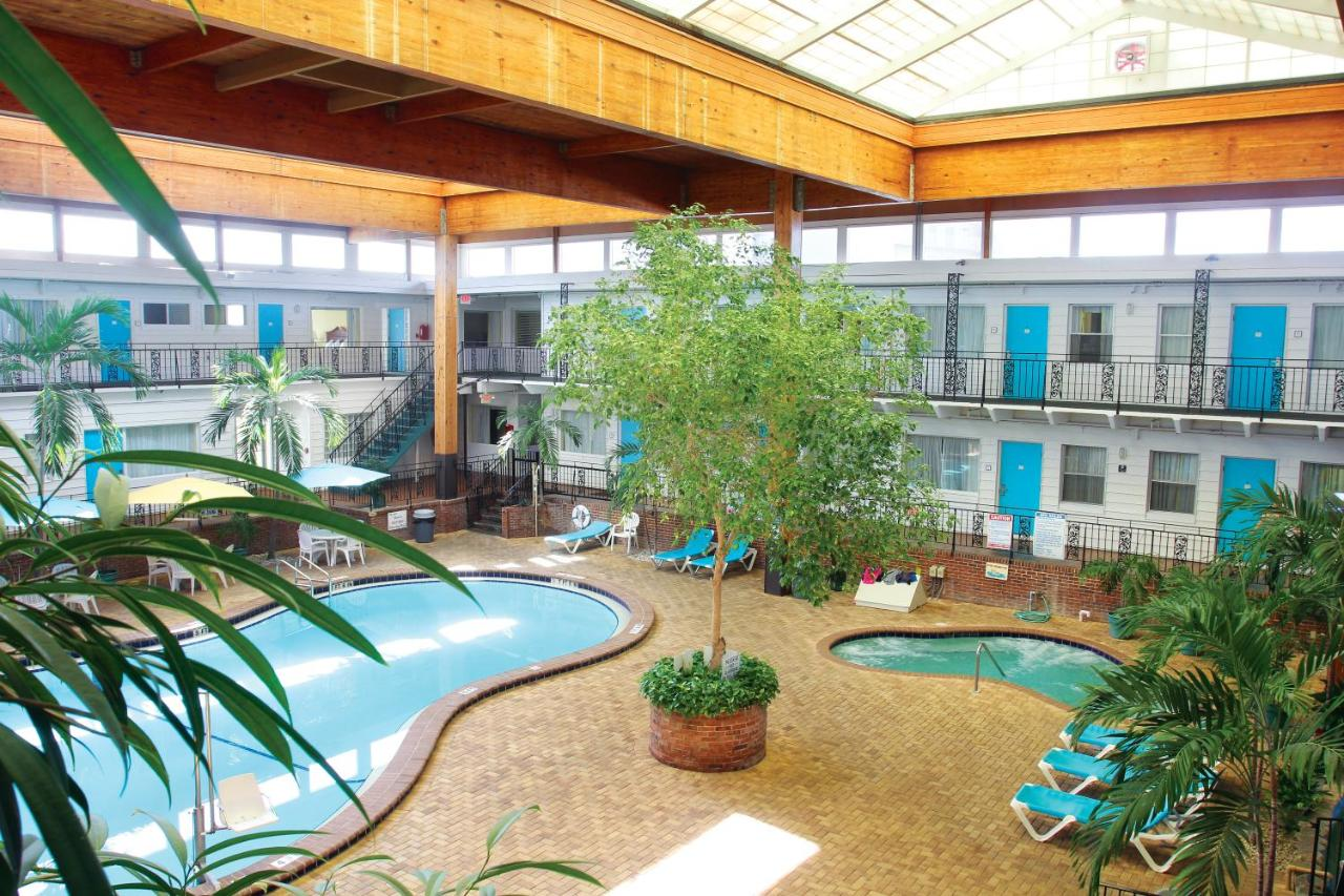 Perry\'s Ocean-Edge Resort, Daytona Beach, FL - Booking.com