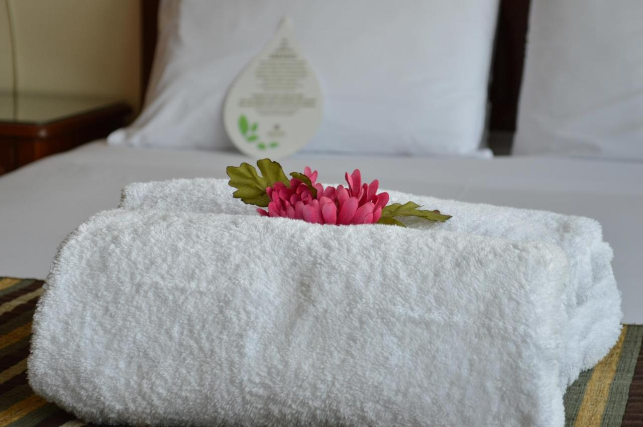 Hotels In Vicos Ancash