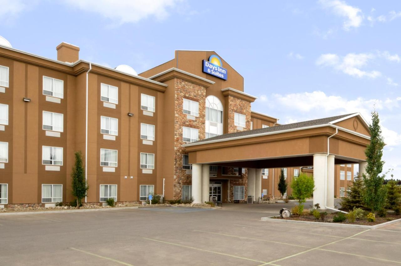Hotels In Strathmore Alberta