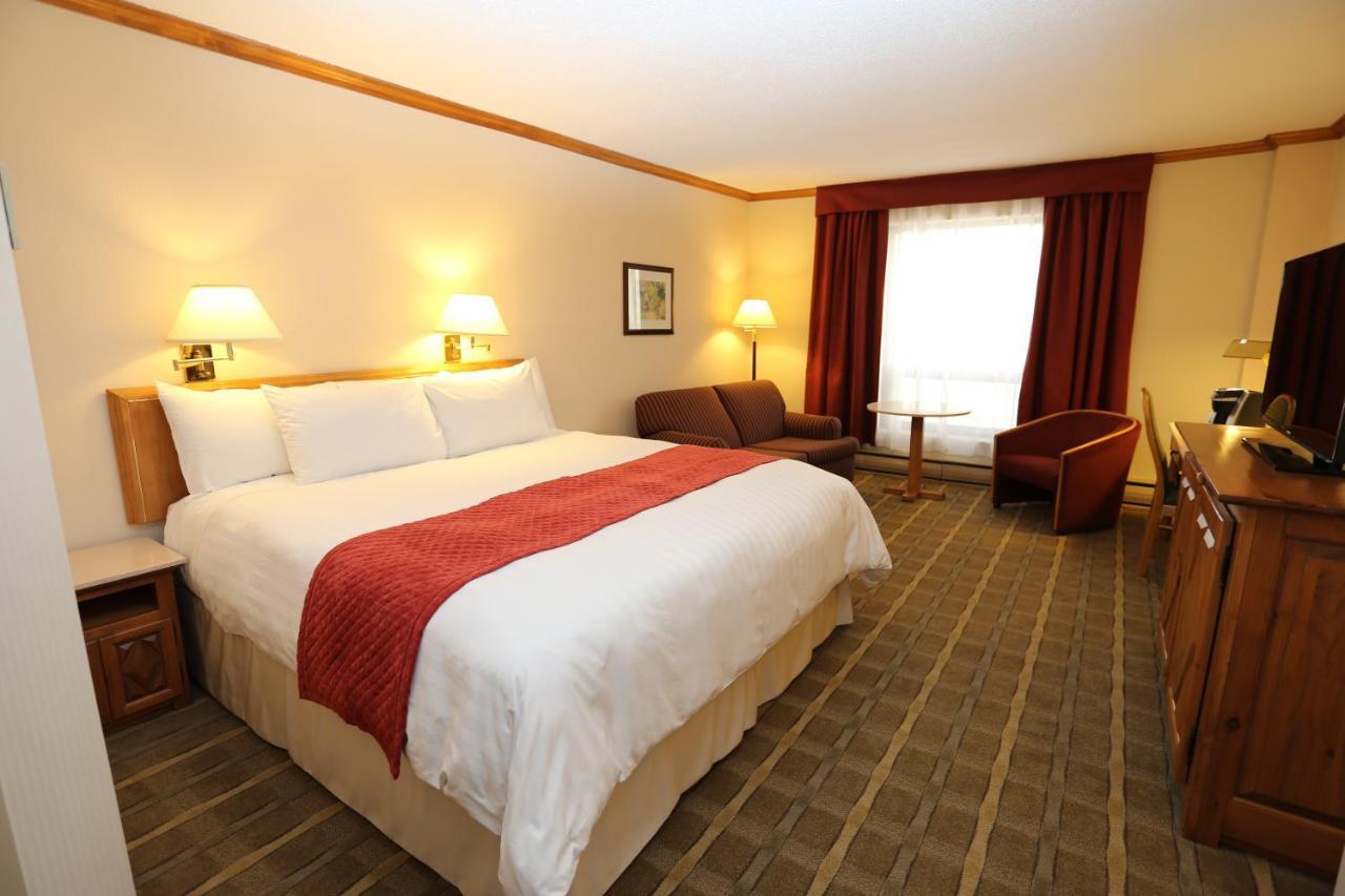 Hotels In Sainte-angèle-de-laval Quebec