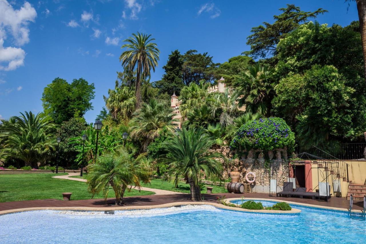 Hotels In Miravet Catalonia