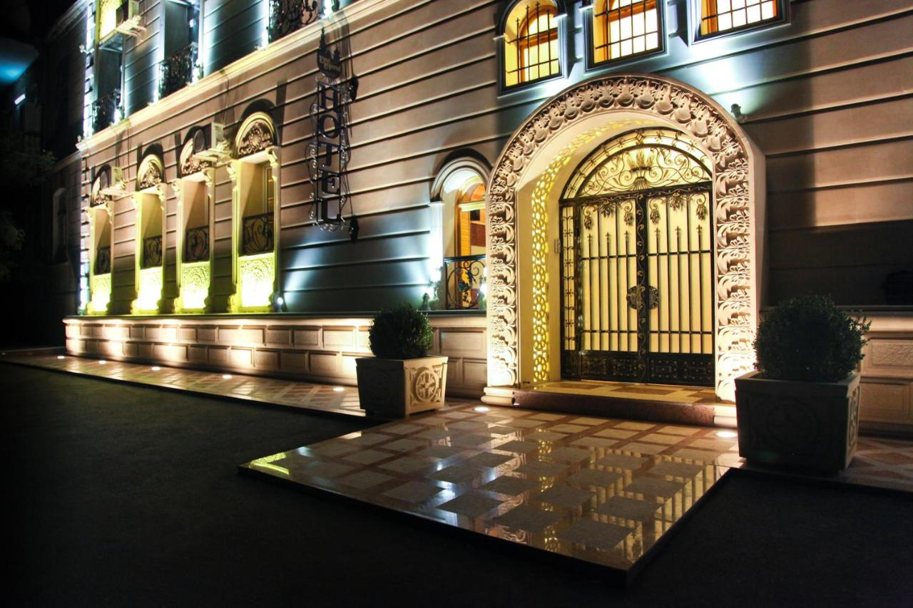 Картинки по запросу east legend panorama hotel отель баку