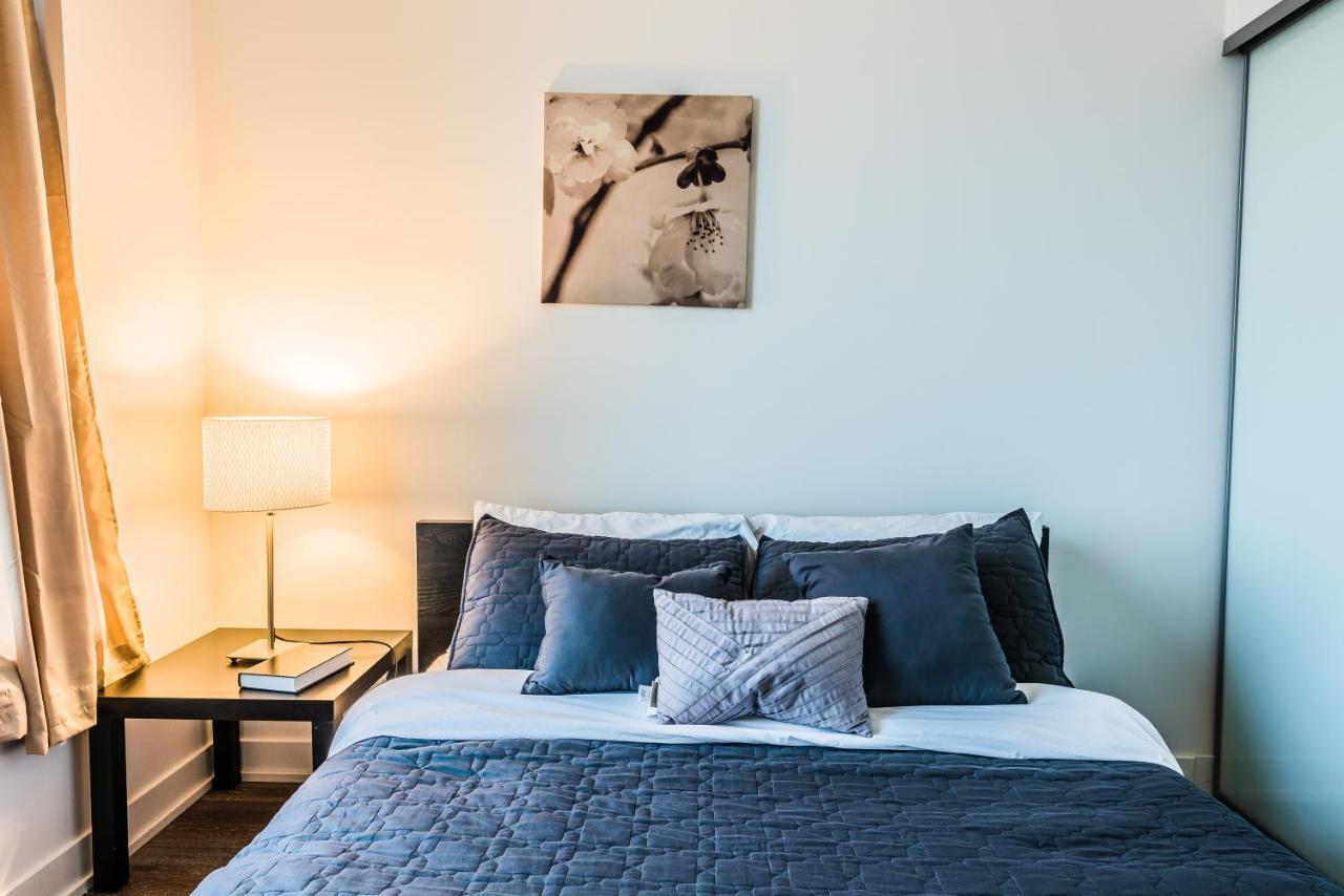 Apartment Gladstone Suites - Toronto Central, Canada - Booking.com