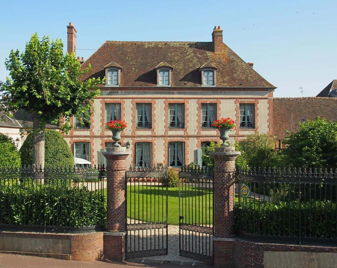 Bed And Breakfasts In Pullay Upper Normandy