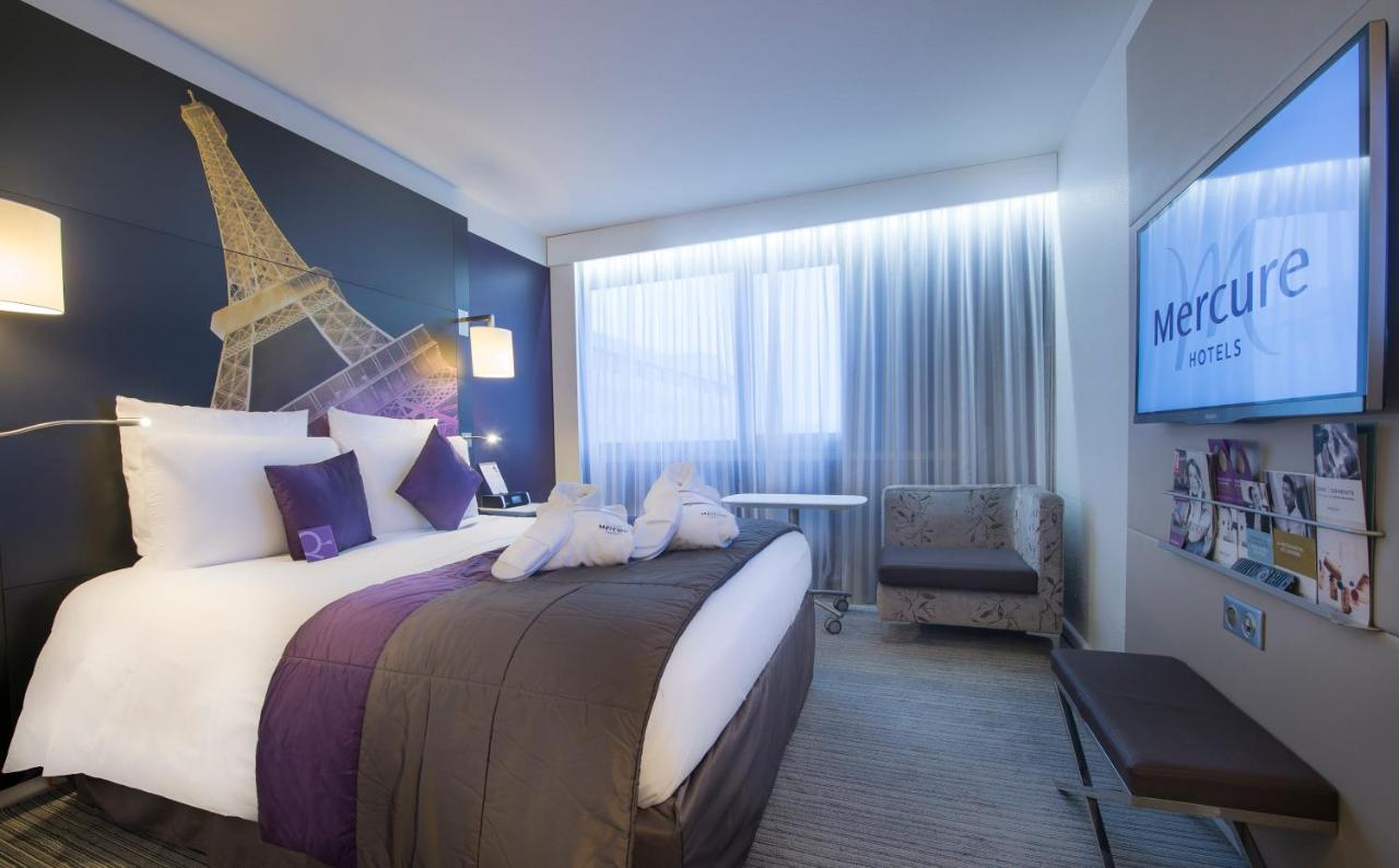 mercure hotel eiffel tower 2018 world 39 s best hotels. Black Bedroom Furniture Sets. Home Design Ideas
