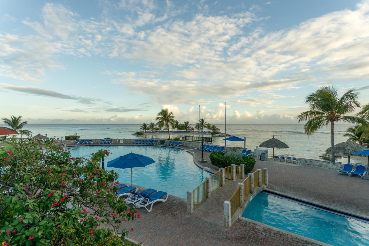 Holiday Inn Resort Montego Bay, Jamaica - Jamaica Holiday inn montego bay jamaica pictures