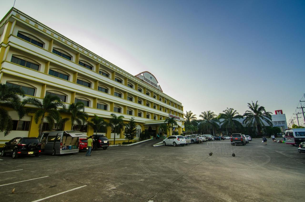 Hotels In Ban Nam Sai Ranong Province