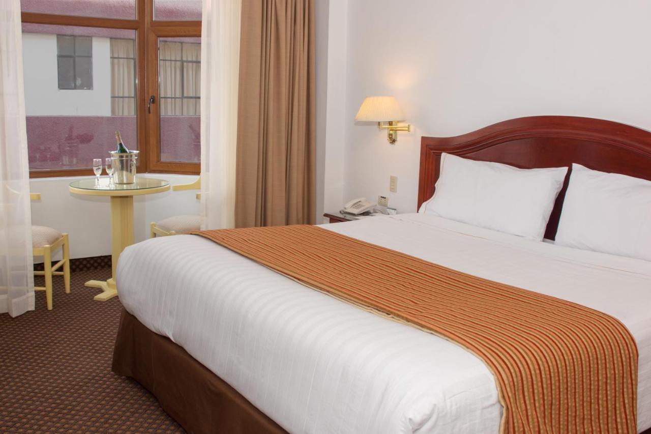 Hotels In Uros Puno