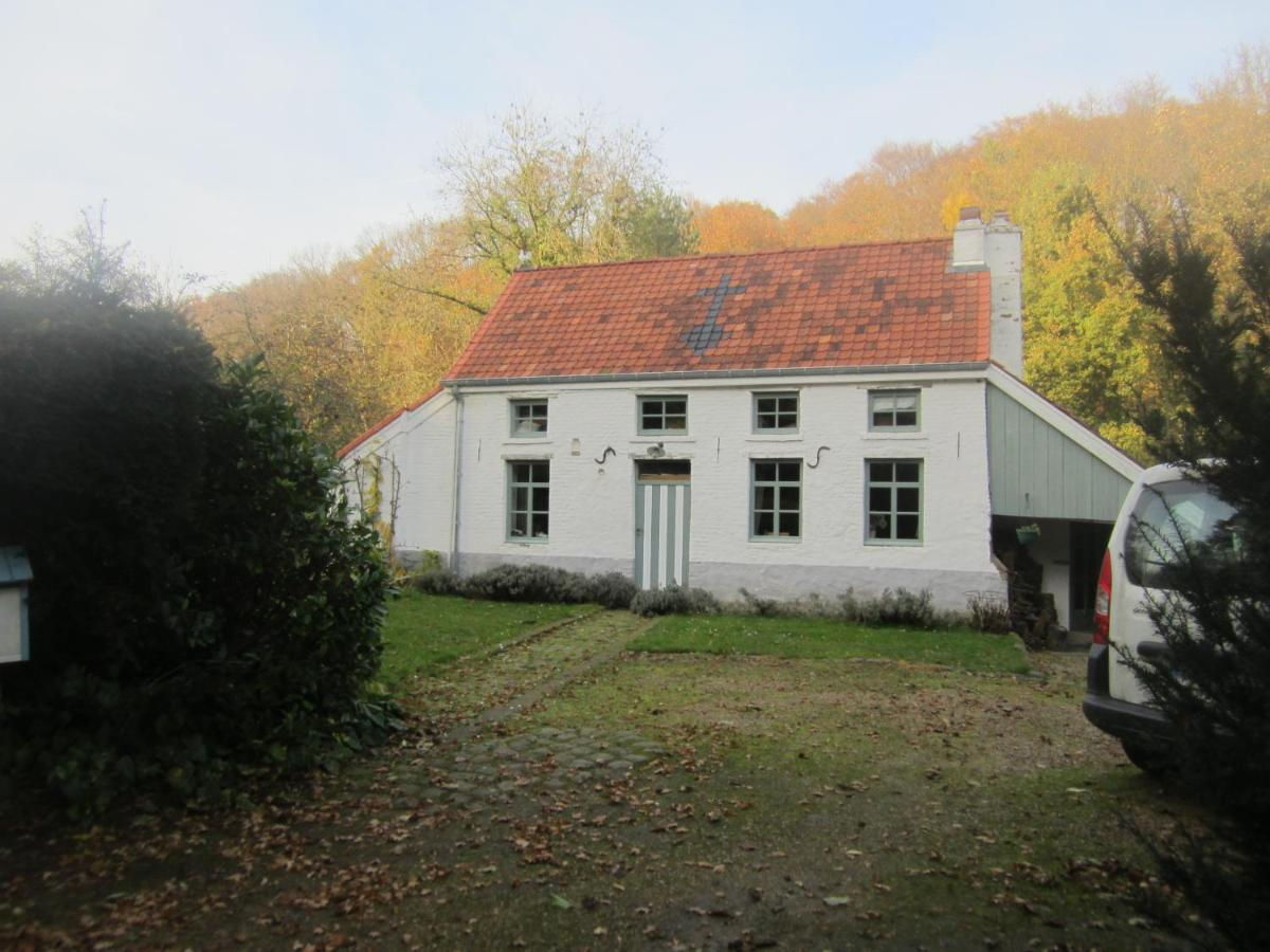 Guest Houses In Chenois Walloon Brabant