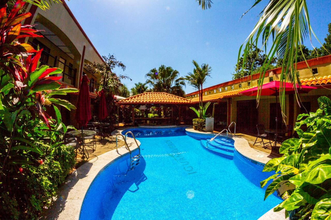 Hotels In Barroeta Alajuela