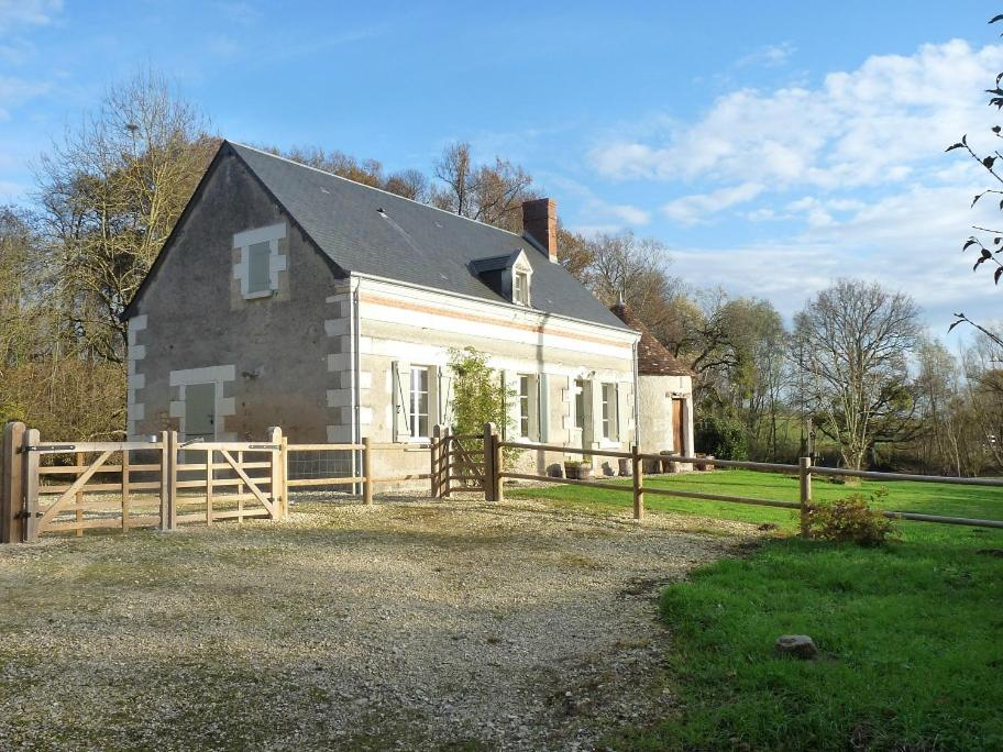 Bed And Breakfasts In Veuil Centre