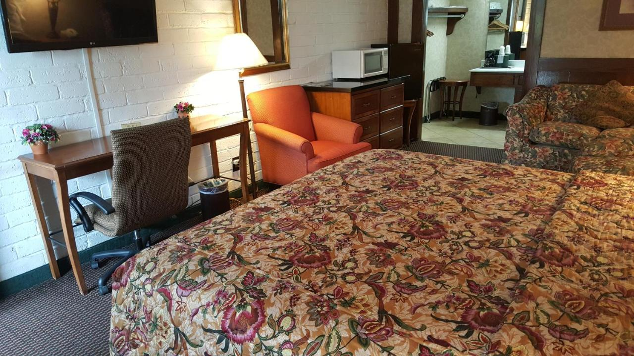 Motel Edelweiss New Braunfels, TX - Booking.com