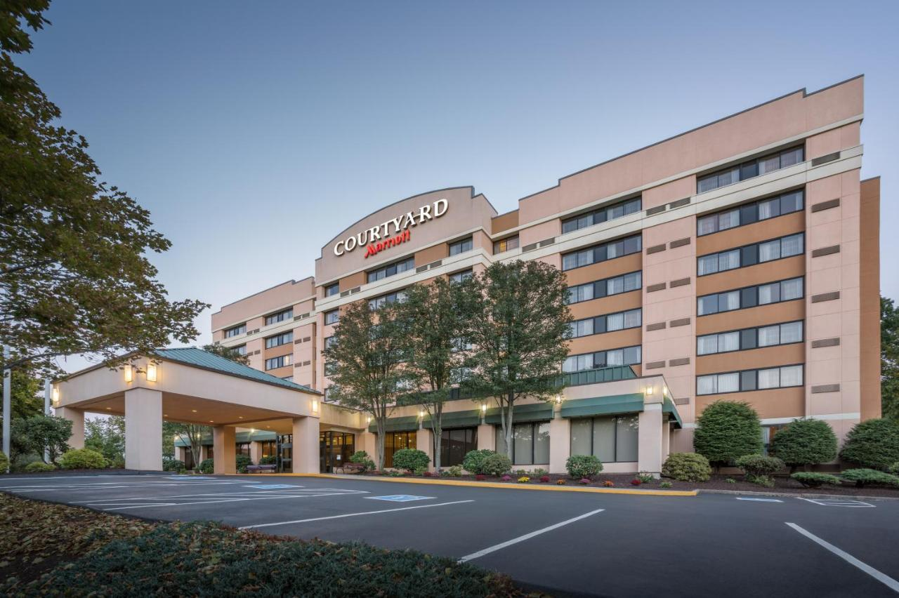 Hotels In Shelton Connecticut