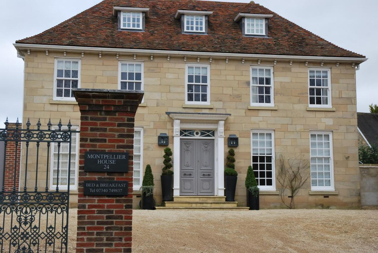 Bed And Breakfasts In Roade Northamptonshire